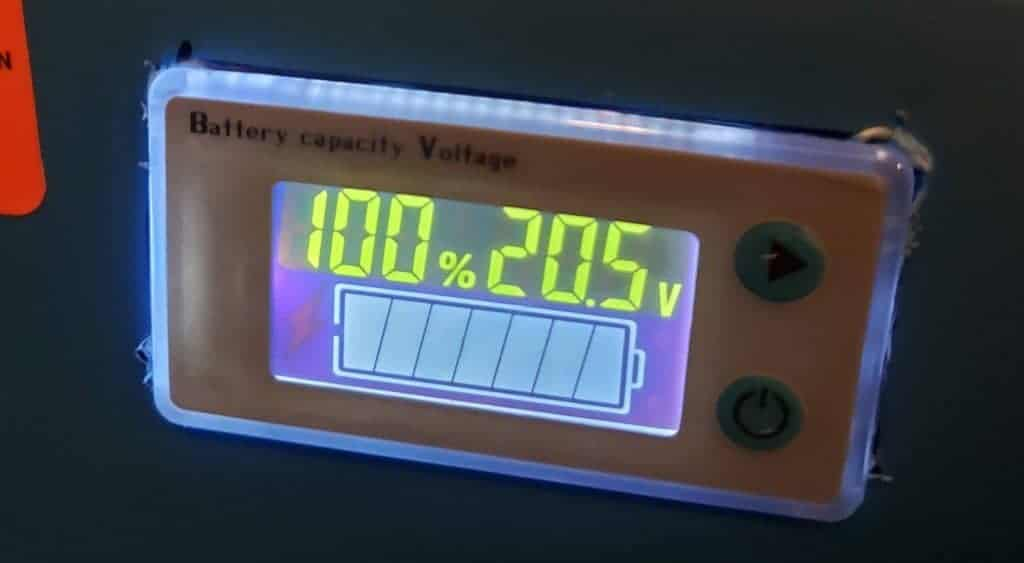 Power Wheels Voltage Meter shows how much power is left.